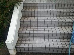 階段タイルクリーニング