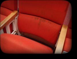 劇場椅子クリーニング